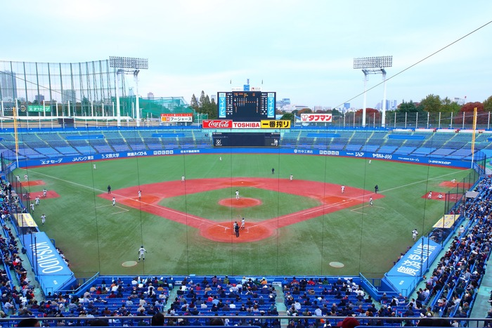Meiji_Jingu_Stadium_2016