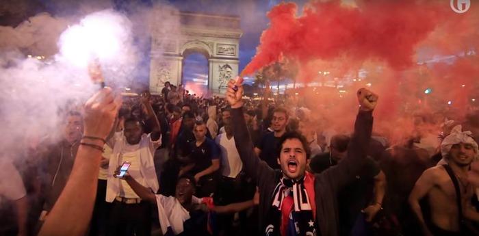 【悲報】フランス決勝進出の瞬間のパリさんwwxxwwxxwwxxwwxx