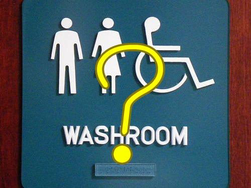 トイレの隣の個室「ブゥ~?」(疑問形)
