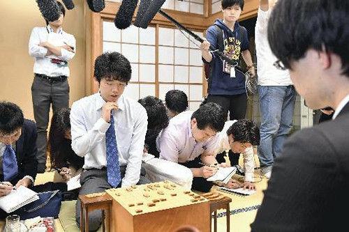 結局藤井四段フィーバーで将棋好きの裾野って広がったんか?