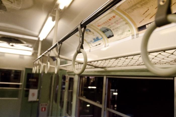 彡(^)(^)「おっ!電車やんけ!乗ったろ!」