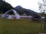 浅虫ダムのモニュメント
