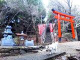 稲荷神社が目印