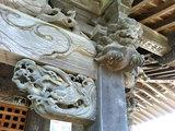 馬門稲荷神社 角の彫刻