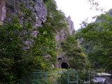 久慈渓流の廃トンネル