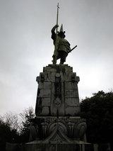 本妙寺公園(加藤清正公銅像)