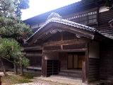 関川(東桂苑 玄関)
