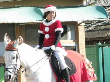 誘導馬&誘導員もクリスマス仕様
