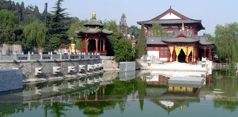 興慶宮沈香亭