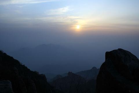 泰山の夕日