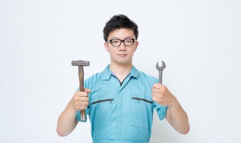 20190419男性工場労働者