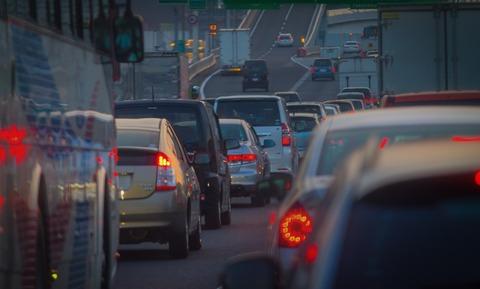 20171015渋滞する道路