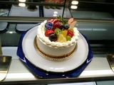 トントゥーのホールケーキ