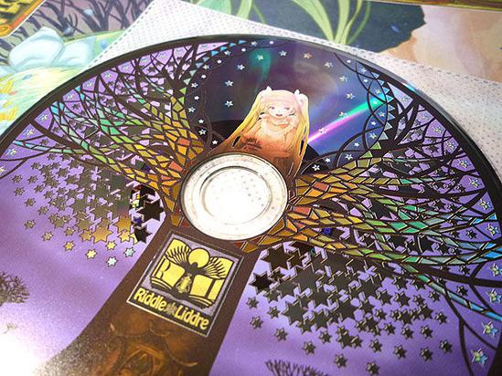 CD盤面デザインとクロスフェード公開!
