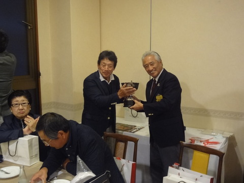 第3回摂津会ゴルフ20191123① (8)