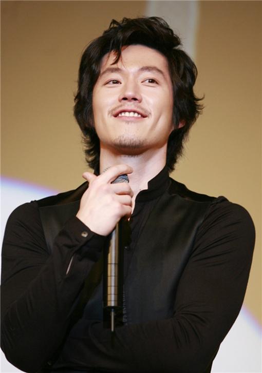 チャン・ヒョクの画像 p1_1