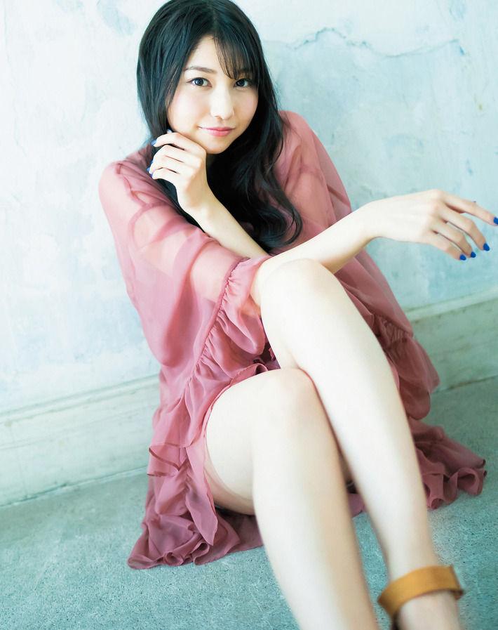 【画像あり】超美人声優・雨宮天さんの超エロティックな太ももwwwwwww