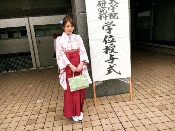 大学卒業式の直後にAV出演する女w羽織袴でセックスガチイキ交尾【画像まとめ】