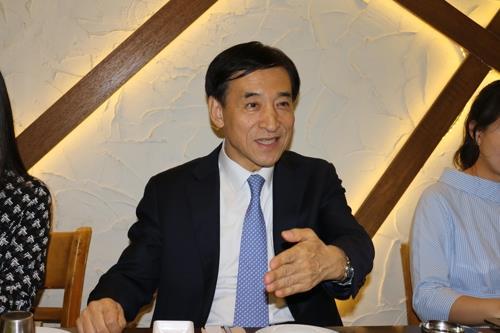 韓国中銀総裁「日本との通貨スワップ再開に向け努力する」