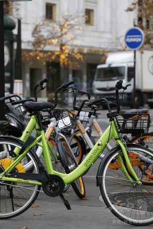 【悲報】フランスのシェア自転車、大量破壊して遊ぶ若者が多すぎて無事終了wwwwww
