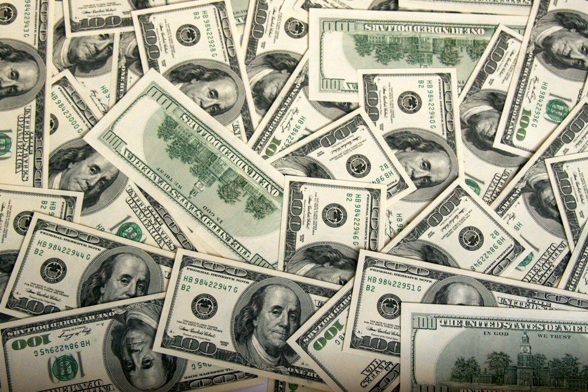 世界の株主還元が10年で2倍に!世界の企業が株主に回すお金を増やしている。