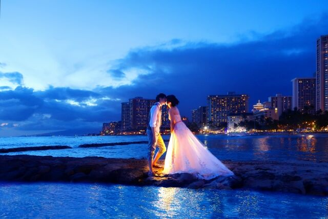 政府「お金あげるからみんな結婚して!」 結婚助成金が30万円→60万円に増額!