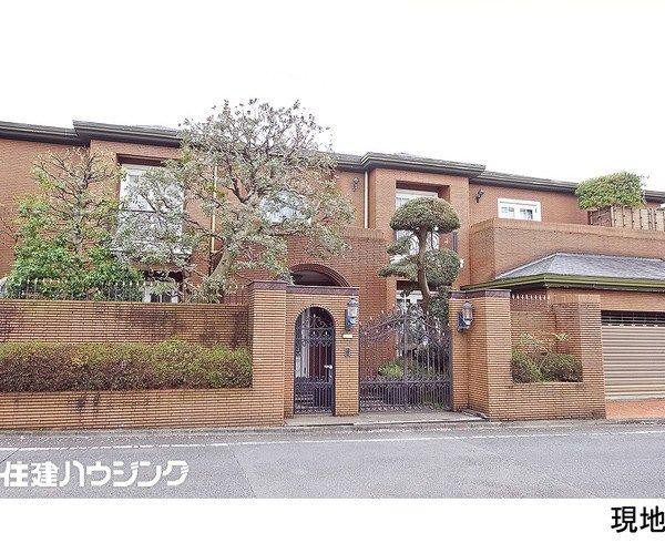 【画像】東京都大田区で5億5000万のアニメみたいな大豪邸が売りに出される