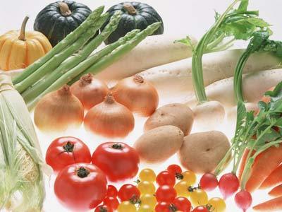 医者「もっと野菜を食べましょう」キャベツ「一タマ800円」トマト「四個入り400円」 俺は諦めた……