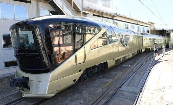【3泊4日95万円】JR東日本の豪華列車「四季島」をご覧ください→wwwwwww(※画像あり)