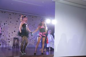 美女二人が揃ってランウェイにでたベルグロー看板モデル総選挙
