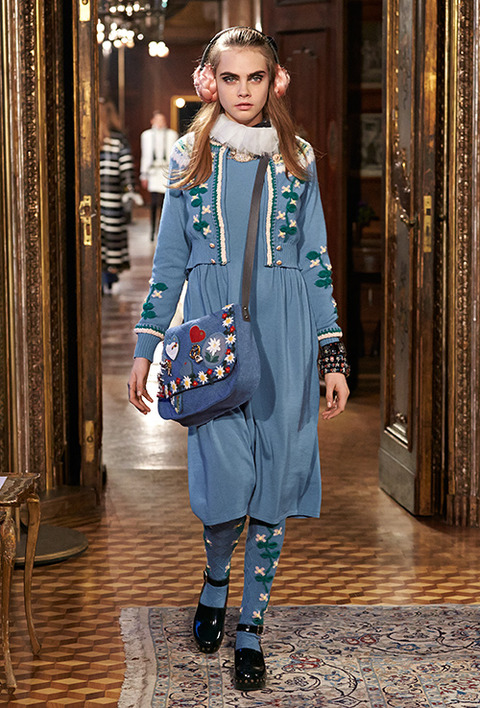 CHANEL_2015_Metiers_d_Art_Paris_Salzburg_collection_38