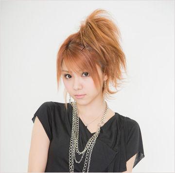 田中れいな(29)と現役モーニング娘最年少(16)のツーショット