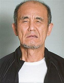 韓国籍金容疑者警察病院より逃走中