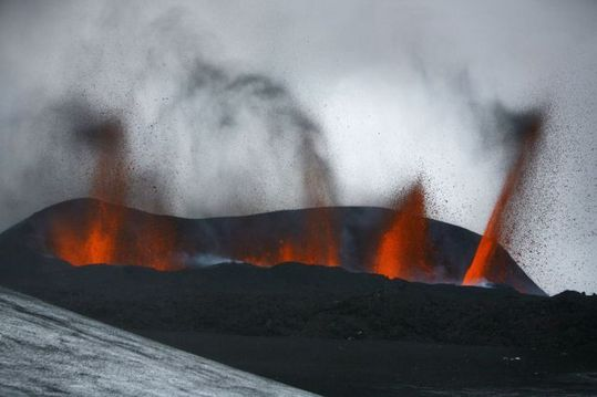 this_volcano_has_640_07