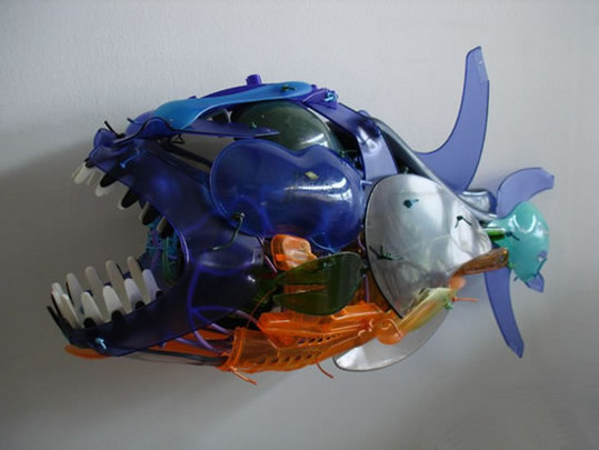 recycled-plastic-sculptures5