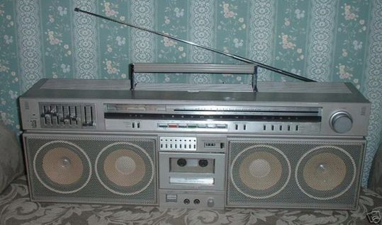 old_school_boomboxes_20