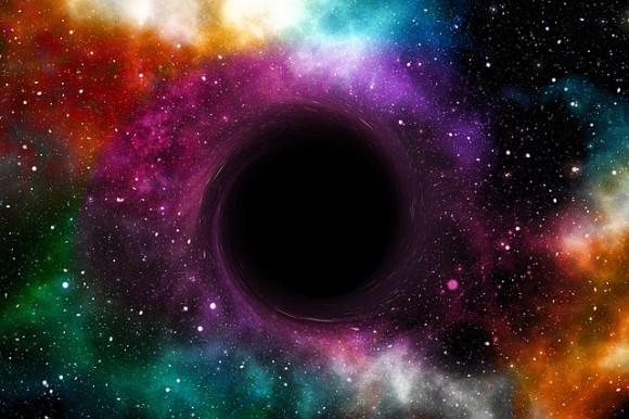 black-hole-3565665_640_e