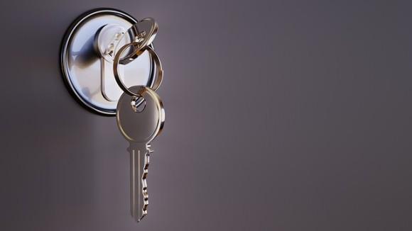key-3348307_640_e