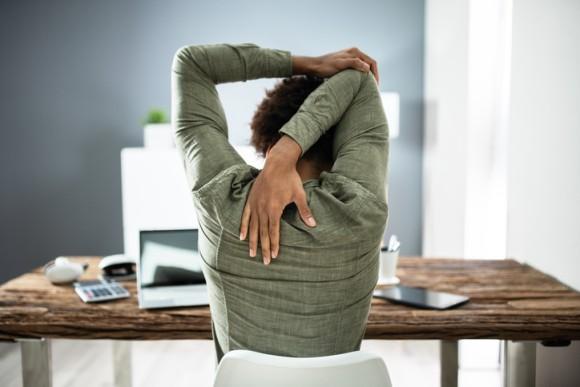 座りっぱなしの悪影響を相殺する運動量は?