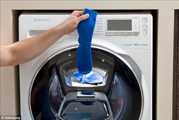 いったいなぜ?靴下の片方だけが行方不明になってしまう謎が科学者によって解き明かされる
