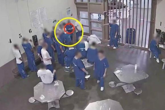 prisoner2_e