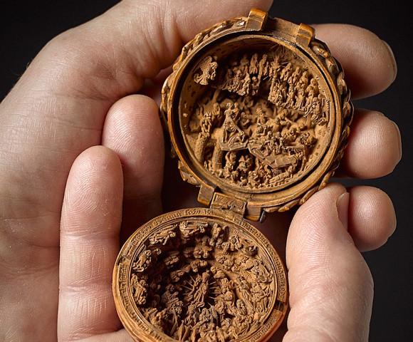 緻密で精巧すぎて度肝と魂抜かれた!ツゲ材から作られた16世紀のミニチュア彫刻