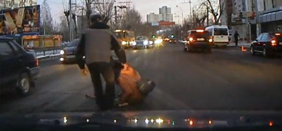 ロシアの良心。車載カメラがとらえたグっとくる瞬間映像総集編