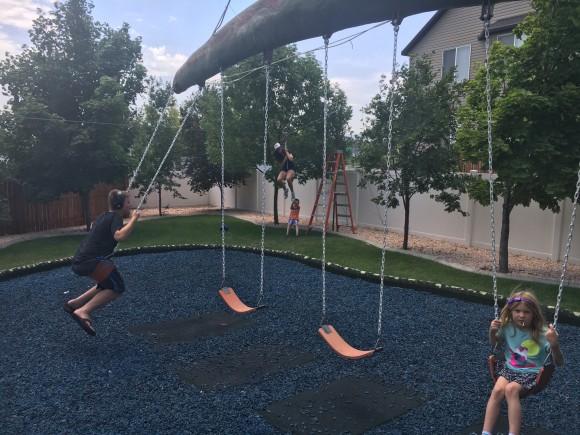 swings_e