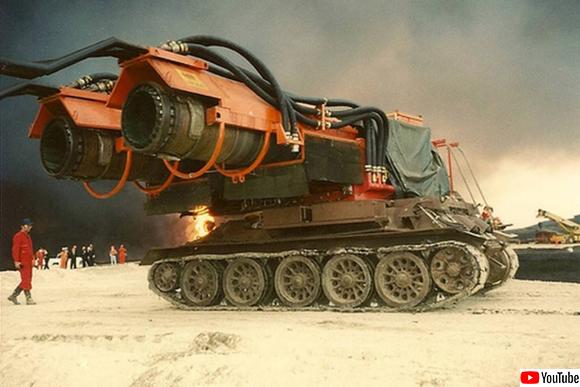 すごいだろ、これ消防車なんだぜ?世界最大のパワーを持つ兵器を魔改造した消防車