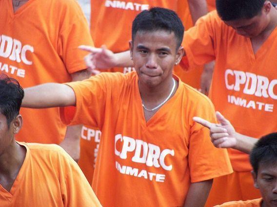 Philippine Prison Prisoners Dance Dancing 2