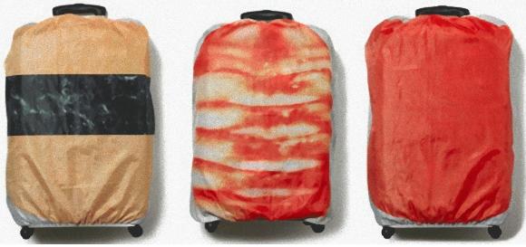 寿司好きの外国人喚起。スーツケース用回転寿司カバーが「なにこれ欲しい!」と話題に。