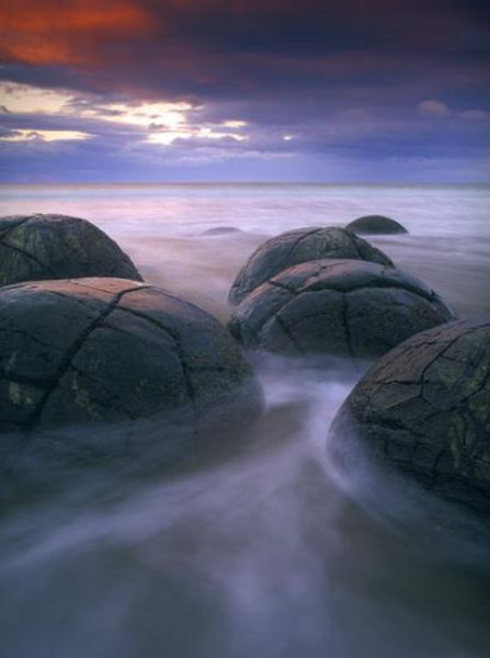boulders_from_out_640_01