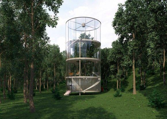 中が丸見えだけど森の中だから大丈夫?森の中に建った大きな木を囲む円筒形のガラス張りの家
