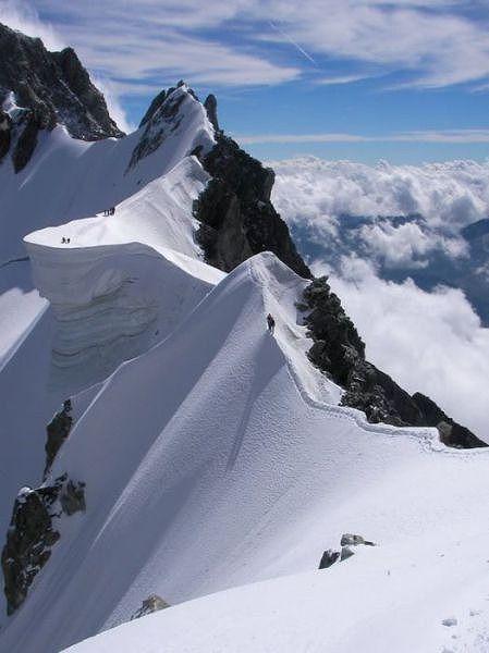 beautiful_winter_mountains_640_02